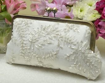Beaded Bridal Clutch, Ivory Bridal Clutch, Formal Purse, White Bridal Clutch, Lace Wedding, Pearl Clutch {Charlotte Kisslock}