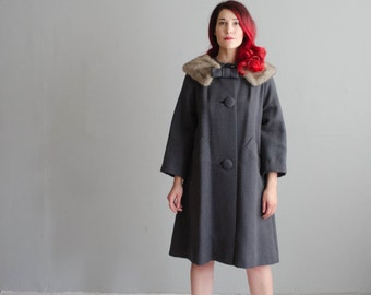 60s Wool Coat - Vintage 1960s Fur Collar Coat - Swing on By Coat