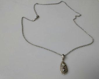 Avon Filigree Sapphire  Necklace   Mint Condition