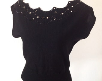 French 1940s wool and embroidered pearls / studded rinestones knit scalloped sweater