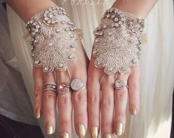 Beaded Bridal Gloves / Fingerless Wedding Gloves / Ivory Fingerless Gloves / Crystal Fingerless Gloves / Kristin Perry