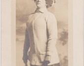 Oh So Stylish Girl - Vintage Photograph, Snapshot, Ephemera (G)