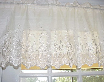 Free Shipping..Vintage Victorian Style Old World Embroidered Sheer Valance 54 Wide
