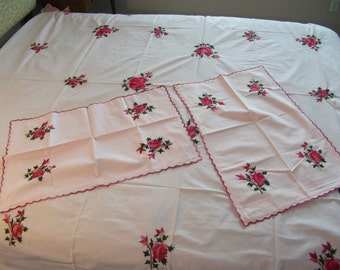 """Hand made pink color all body embroidery bed cover ( 98""""X86"""") with 2pc of pillow cover (28""""X18""""), 100% cotton -by Indian artists!"""