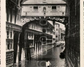 Vintage Photo, Venice Canal, Italy, Black & White Photo, Travel Photo, Vacation Photo, Found Photo, Vernacular Photo     *AUGUSTINE1143
