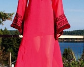 Vintage 60's Embroidred Chiffon BELL Sleeve Caftan with FUR trimmed Cuffs L XL