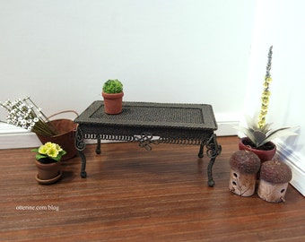 Rustic coffee table - dollhouse miniature
