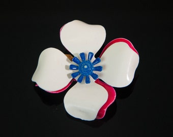 1960s Hot Pink White and Blue Layered Flower Floral Vintage Pin Brooch