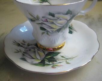 "Vintage Tea Cup & Saucer, 1960s Royal Albert White Bone China, ""Sweetheart Roses"" Pattern, White Flowers, Gold Leaf Trim, England, 1 set"