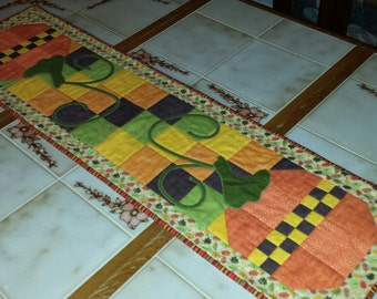 Pumpkin Patch Fall Table Runner; Top was designed by Marti Martin & Connecting Threads