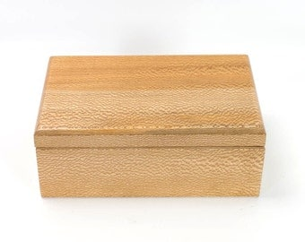 Keepsake Box in Quartersawn Sycamore - 1150