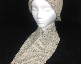 Neutral hat and infinity scarf combo!