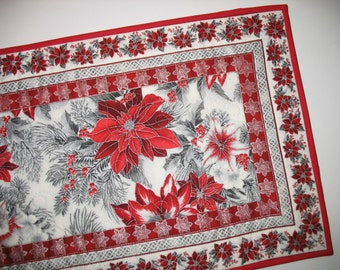 Christmas Table Runner Elegant, quilted,  fabric from Kaufman Holiday Flourish Line by Peggy Toole