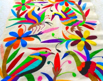 Multicolored Runner Table Otomi Tenango Embroidery Design