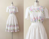 1950s Floral Dress . Button Back Dress . Floral Shirtdress