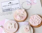 8 Mini cookie sets (32 mini cookies)
