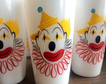Vintage Hazel Atlas Milk Glass Clown Drinking Glasses set of 7, Excellent Condition!