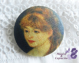 Button out of fabric, printed Renoir