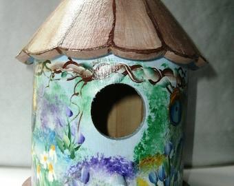 Hand Painted Garden Decorative Bird House