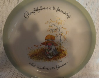 "1972 Holly Hobbie ""Thoughtfulness Is To Friendship..."" Plate"