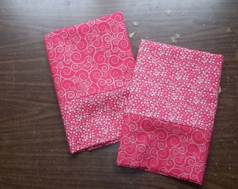 Set of 2 pillow cases in coordinating rose colored patterns standard/queen