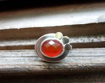 Silver and golden triple moon ring with flame orange/red carnelian