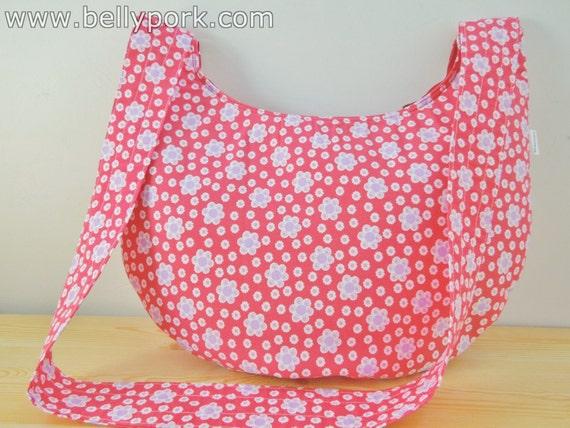 Tote bag,fabric tote bag,flowers tote bag,fabric tote,red fabric tote,red tote bag,flowers red bag,crossbody bag,fabric maxi bag,red purse