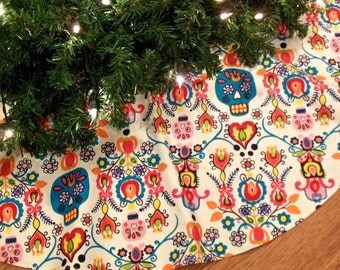 "Day of the Dead Christmas Tree Skirt, Dia de los Muertos, Sugar Skulls, Mexican Christmas, Calaveras, 42"" Xmas Tree Skirt"