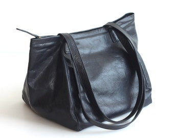 PANDORA Small Black Leather Shoulder Bag. Bucket Tote Shoulder Bag. Black Leather Handbag. Black Carry All Bag. Leather Zip Top Bag.