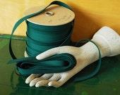 Dark Green Seam Binding Ribbon, 1/2 inch wide 20 Yards Long, Destash Sewing Supplies, Hunter Green