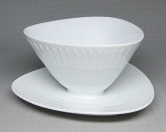 hutschenreuther APART  attached gravy bowl with underplate classic white porcelain . selb germany , mid century modern .