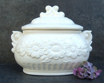 Small Tureen, Vintage White China Pottery, Minimalist Cottage Shabby Chic Neutrals, Planter
