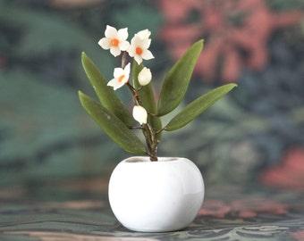 Tiny Glass Flowers in Pot - Miniature Kitsch Ornament