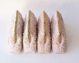 Set of 4 / Rose Quartz / Bridal Clutch / Bridesmaid Clutch Purse / Personalized Clutch / Wedding Lace Clutch / Personalized Bridesmaids Gift