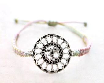 Om Medallion Bracelet - Hemp Bracelet - Hemp Jewelry