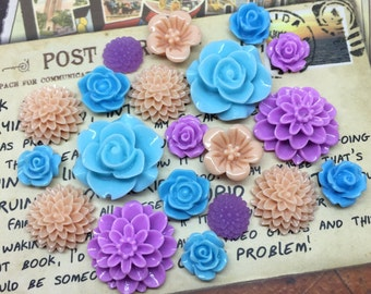 20x Resin Flower Cabochons - Blue Purple Peach