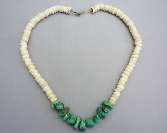 Vintage Southwest Puka Shell and Turquoise Native American Necklace P55 16 inches