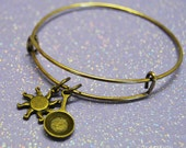 Tangled Bangle Bracelet, Tangled Jewelry, Rapunzel, Frying Pan and Sun Bronze Charms, by Life is the Bubbles