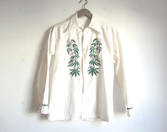 white linen top / 70s embroidered blouse