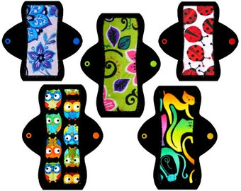 """Girl's First Period Cloth Pad Starter Kit (Two 6"""" Light, Three 8"""" Moderate)"""
