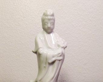 Porcelain BUDDHA Quan Yin Guan Yin Goddess of Mercy Blanc de Chine Chinoiserie