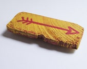 Reclaimed Wood Magnet - Yellow with Red Painted Arrow