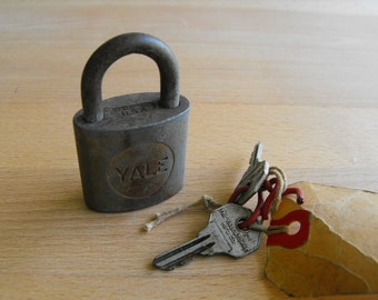 Vintage Lock and Key Yale & Towne lock and key vintage padlock