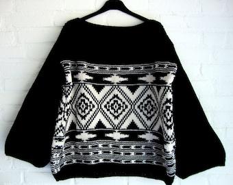 Knitted Sweater Ethnic Pattern Ikat  Kilim Geometric Nomad Urban Black and White Creme Off White  Kelim