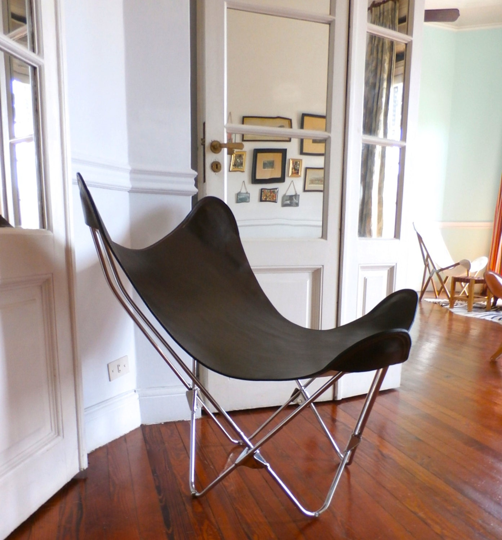 original bkf butterfly chair in premium one piece brown. Black Bedroom Furniture Sets. Home Design Ideas
