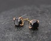 Black Diamond Stud Earrings - 18k Gold Diamond Stud Earrings - Black Diamond Earrings - Black Stud Gold Earrings - Made to order