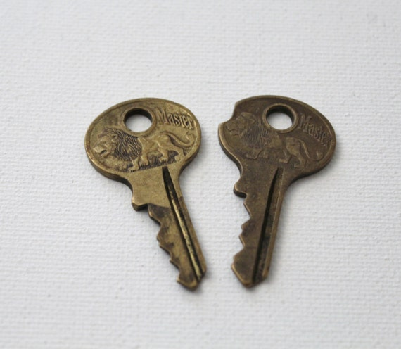 Vintage Master Lock Lion Keys Brass Padlock Keys For