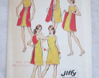 1972 Ladies SIMPLICITY Pattern of a Misses Jiffy Mini-Wrap DRESS Sleeveless