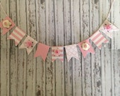 Dollhouse Miniature Pink and White Bunting with Pretty Paper Roses