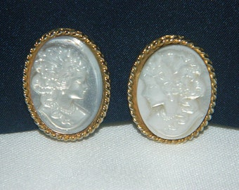 Vintage Pearl White Iridescent Cameo Clip On Earrings